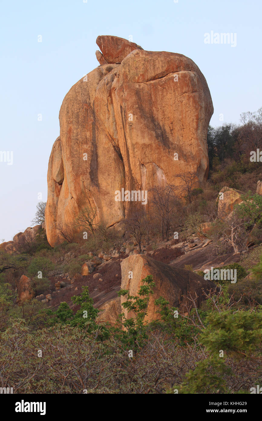 Matobo Hills,  ZIMBABWE -  17 October 2011:  Kopjes in the Matopos at sunrise. Credit: David Mbiyu/Alamy Live News - Stock Image