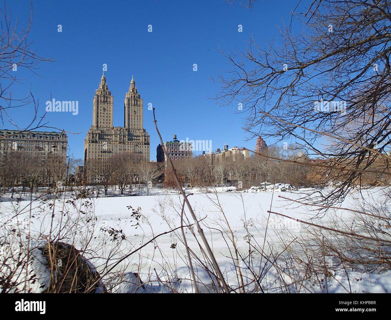 New York City Winter Blue Sky Stock Photos Amp New York City