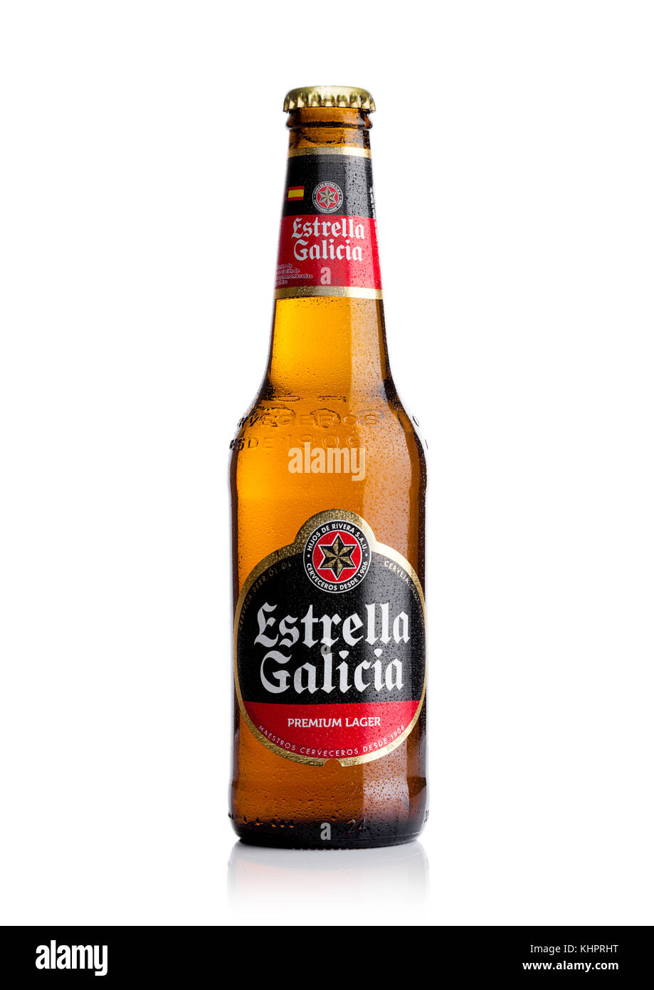 London Uk November 17 Bottle Estrella Galicia Pale Lager Draft Khprht Stock Photos Images Alamy