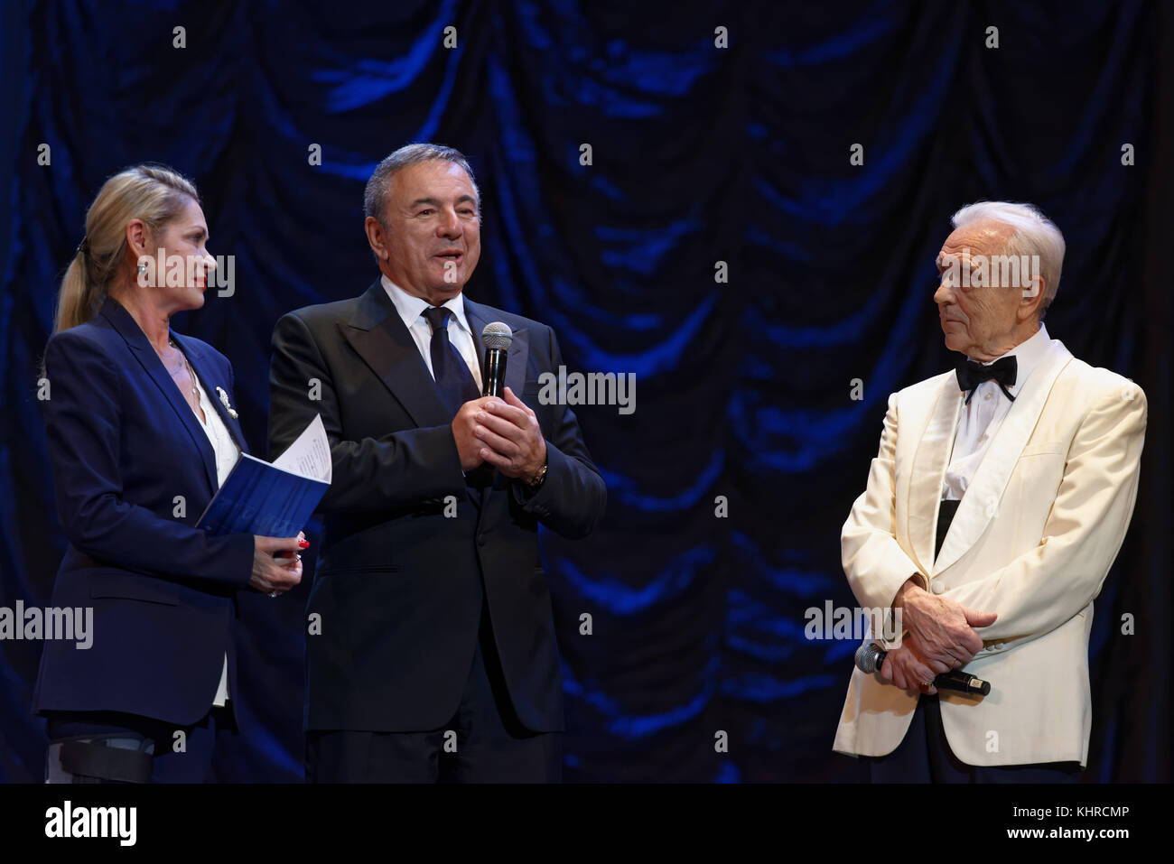 St. Petersburg, Russia - November 16, 2017: Producer Solomon Tencer (center) and artistic director Nadia Tencer - Stock Image