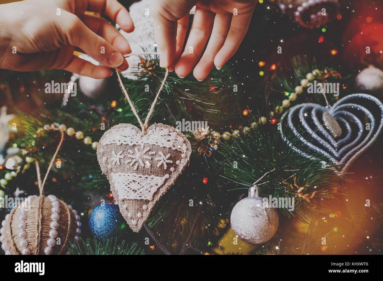 Christmas handmade hipster sackcloth heart - Stock Image