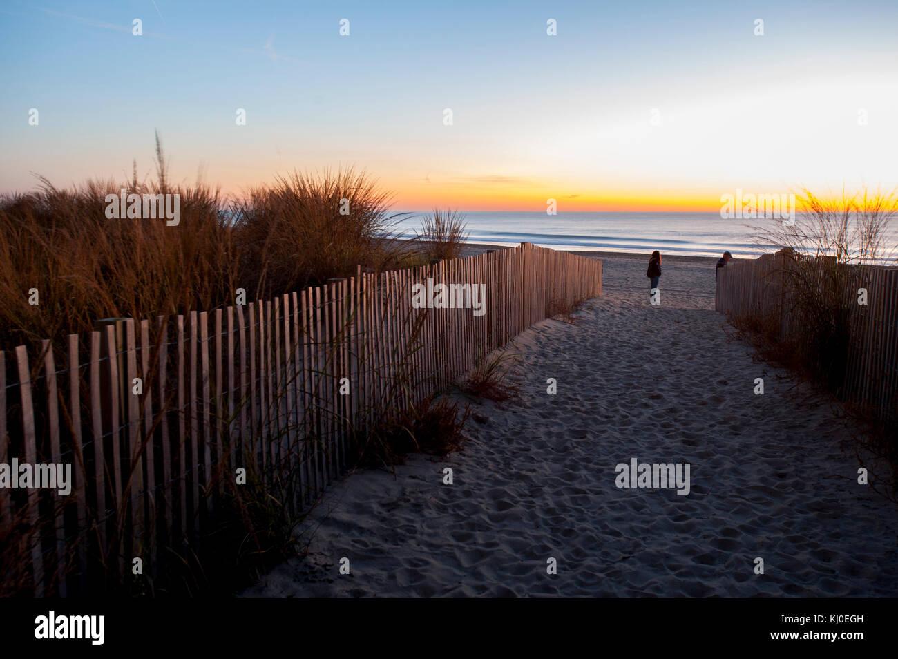 usa-maryland-md-ocean-city-beach-at-sunr
