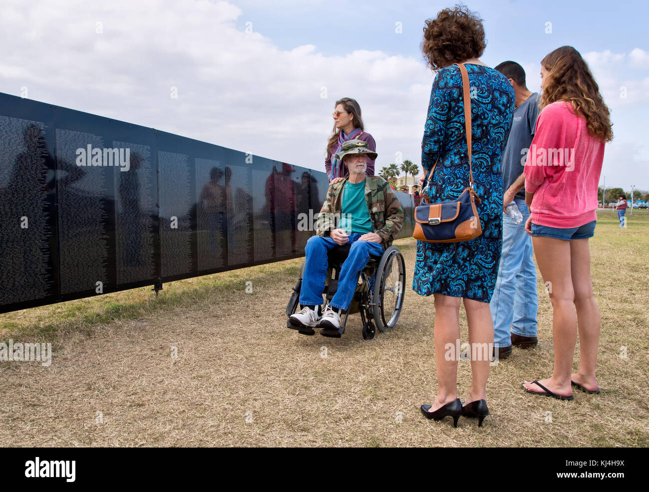 Vietnam war veteran visiting Vietnam Memorial Traveling Wall, Rockport, Texas, United States. - Stock Image