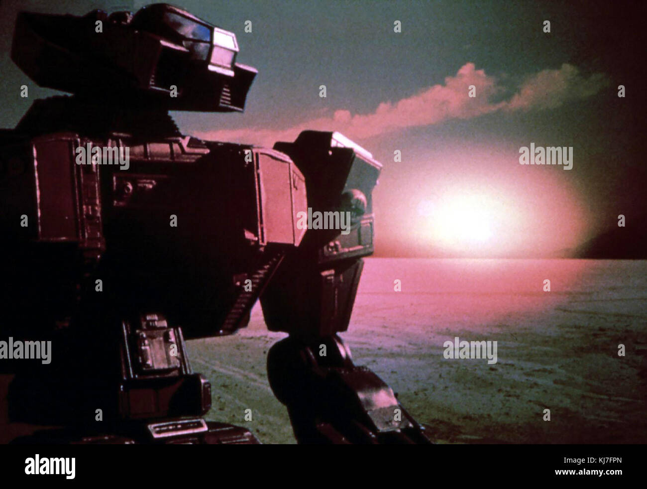 Robotjox 2 - Krieg der Stahlgiganten aka.  Robot Wars, USA 1993 Regie: Albert Band Darsteller: Don Michael Paul, - Stock Image