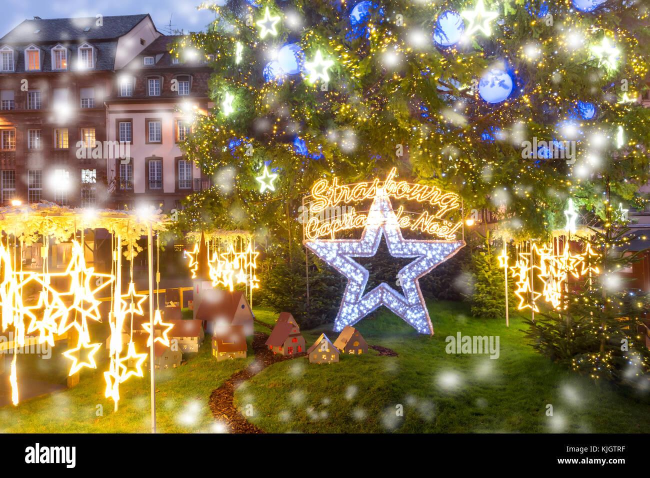 Christmas Tree Ornaments Snowflake Stock Photos