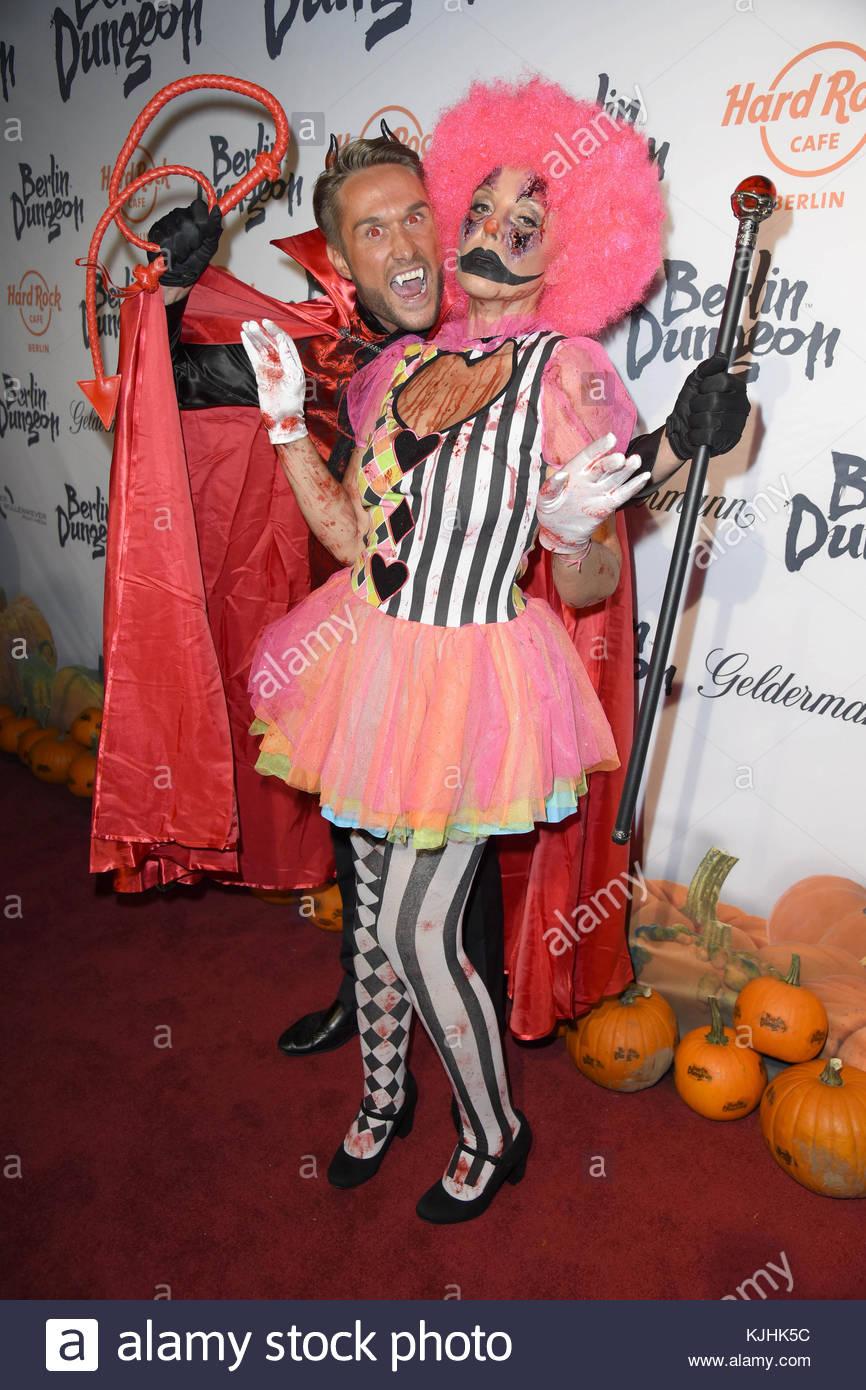 Halloween Party hosted by Natascha Ochsenknecht at Berlin Dungeon.  Featuring: Nico Schwanz, Natascha Ochsenknecht - Stock Image