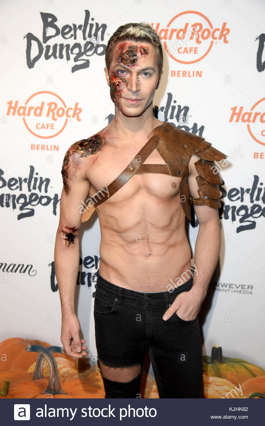 Halloween Party hosted by Natascha Ochsenknecht at Berlin Dungeon.  Featuring: Julian David Where: Berlin, Germany - Stock Image