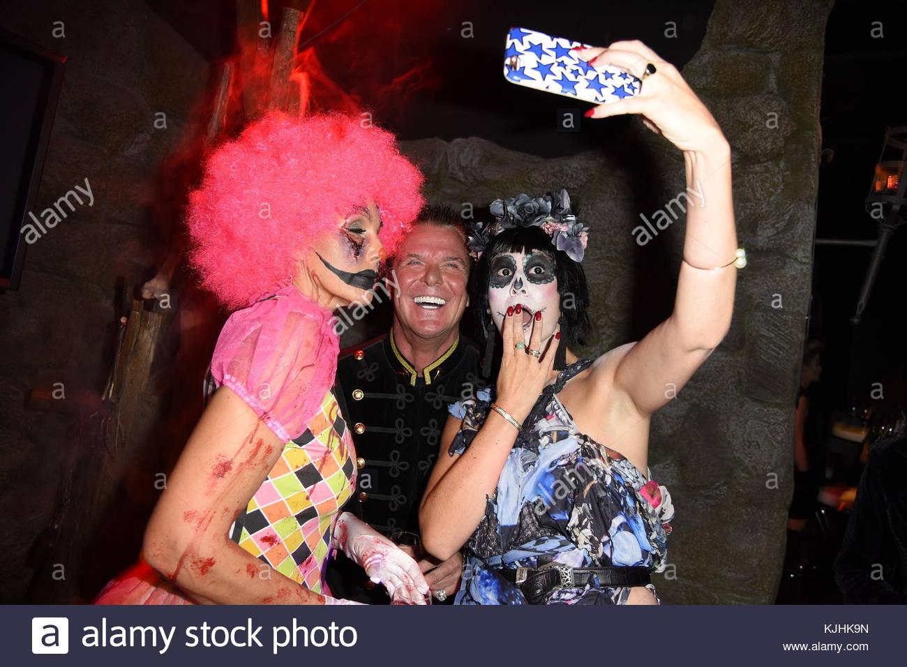 Halloween Party hosted by Natascha Ochsenknecht at Berlin Dungeon.  Featuring: Marcus von Anhalt, Natascha Ochsenknecht, - Stock Image