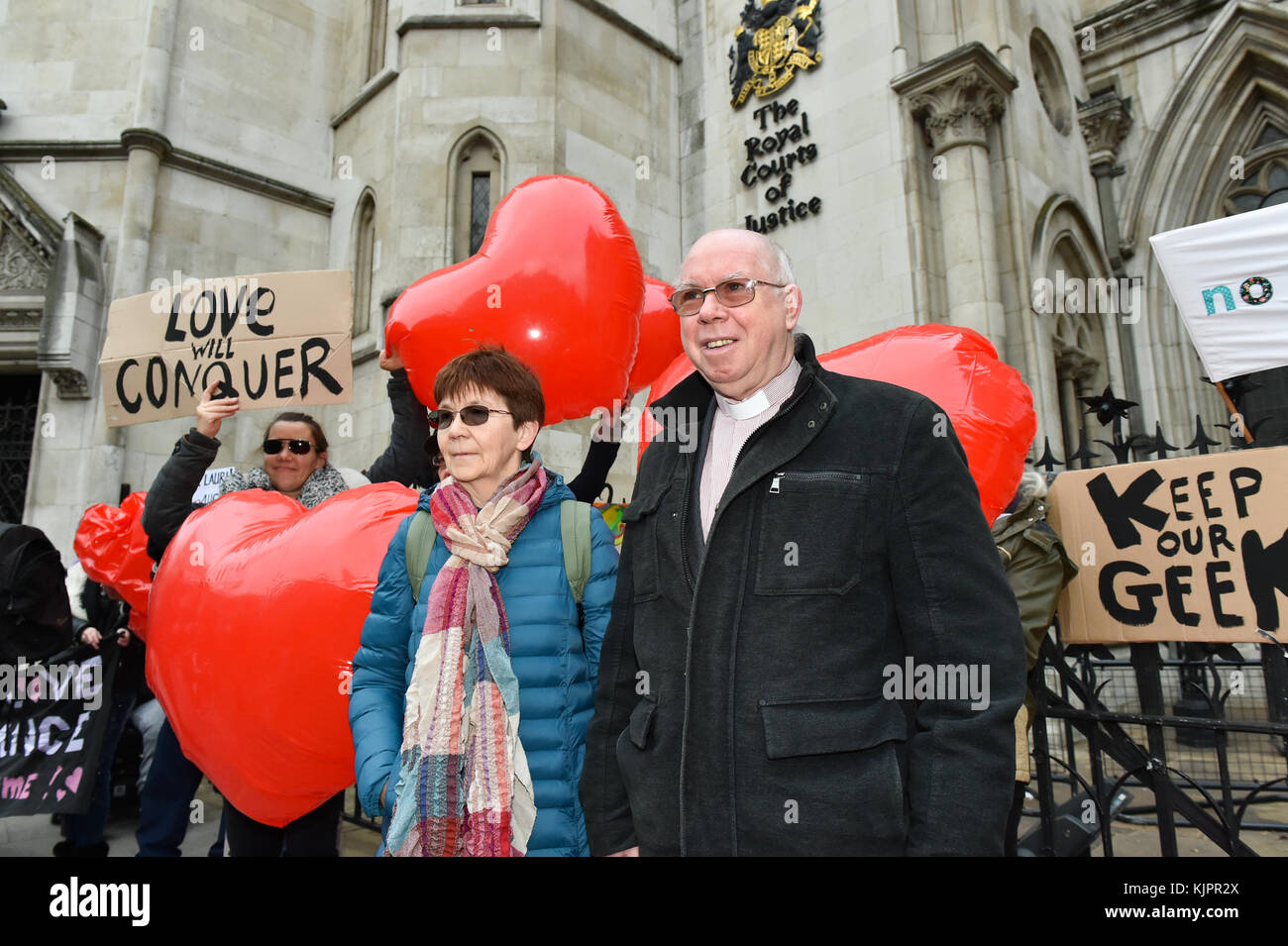London, United Kingdom. 29 November 2017. Reverend Alexander Love and Sirkka-Liisa Love outside the Royal Courts Stock Photo