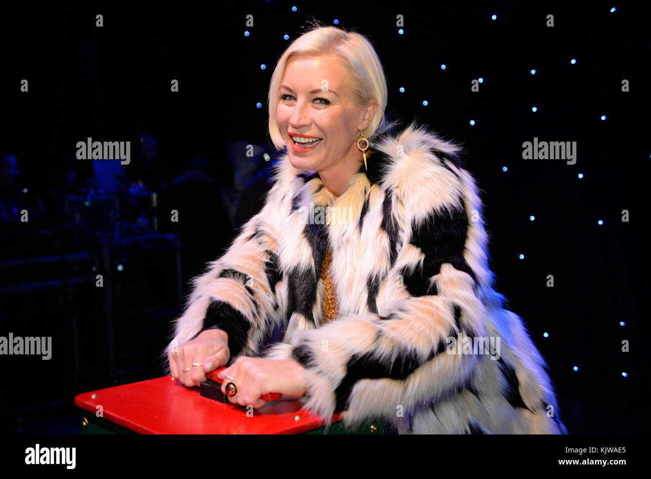 denise-van-outen-switching-on-the-christmas-lights-in-chelmsford-essex-KJWAE5.jpg