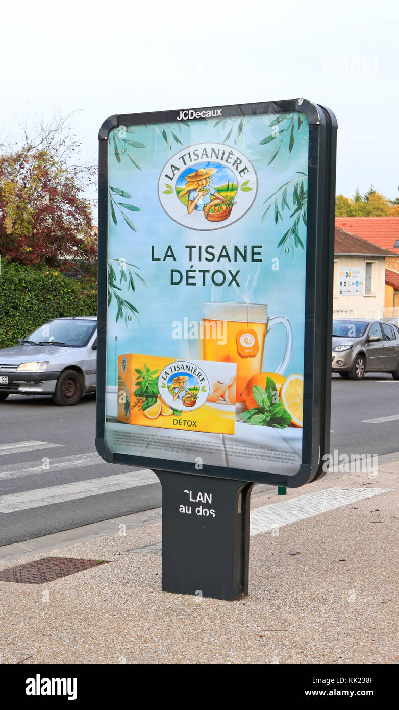 Paris, France, La Tisane Detox Advertising, Outdoor Posters, Billboard - Stock Image