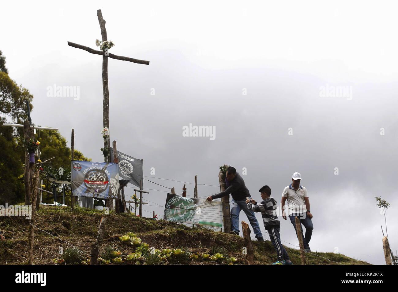 La Union, Antioquia, Colombia. 27th Nov, 2017. A family vists the Chapecoense Mountain in La Union, Antioquia, Colombia, - Stock Image
