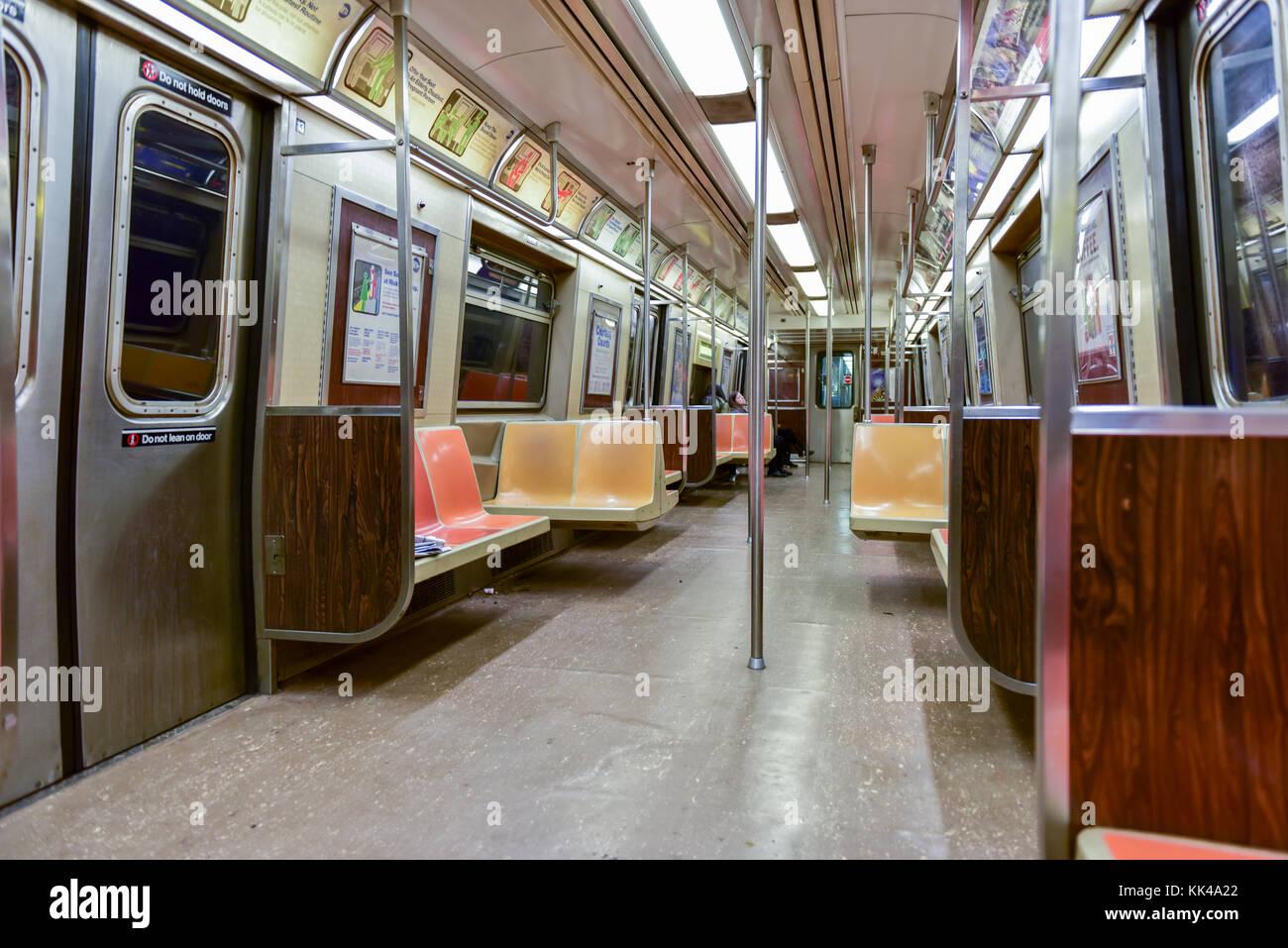 train door inside light stock photos train door inside light stock images alamy. Black Bedroom Furniture Sets. Home Design Ideas