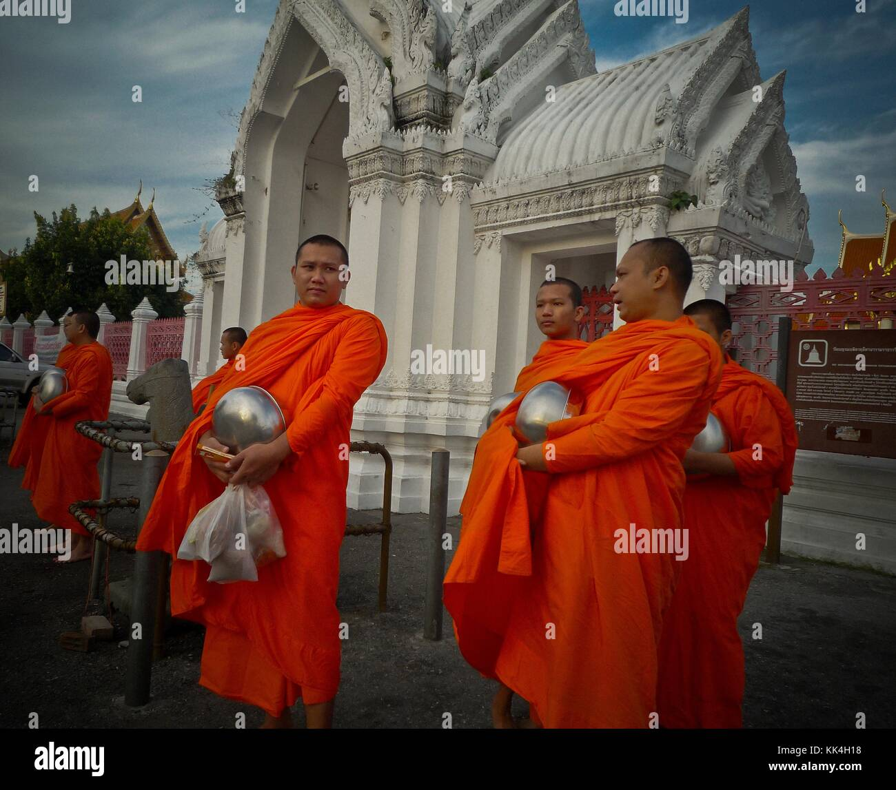 buddhist single men in poy sippi The prestigious louvre museum has had a grand opening of its abu dhabi branch but even before the inauguration, charges started flying that the artefacts on display.