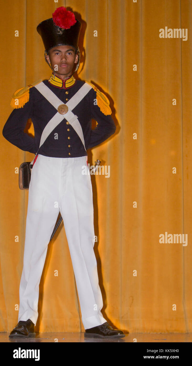 how to become deck cadet in merchant navy in canada