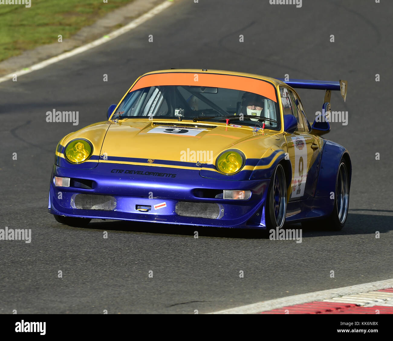 Porsche 993 Cup Engine: British Motor Classics Stock Photos & British Motor