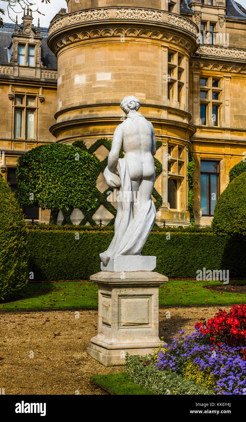 Marble statue at Waddesdon Manor, Buckinghamshire, UK - Stock Image