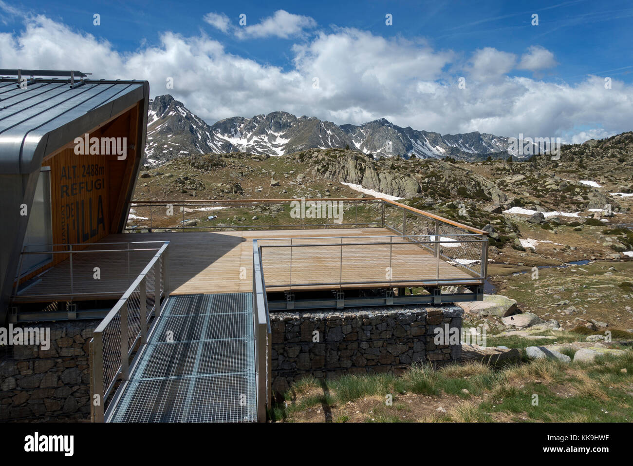 L´Illa mountain shelter (2488m).Pyrenees.Andorra - Stock Image