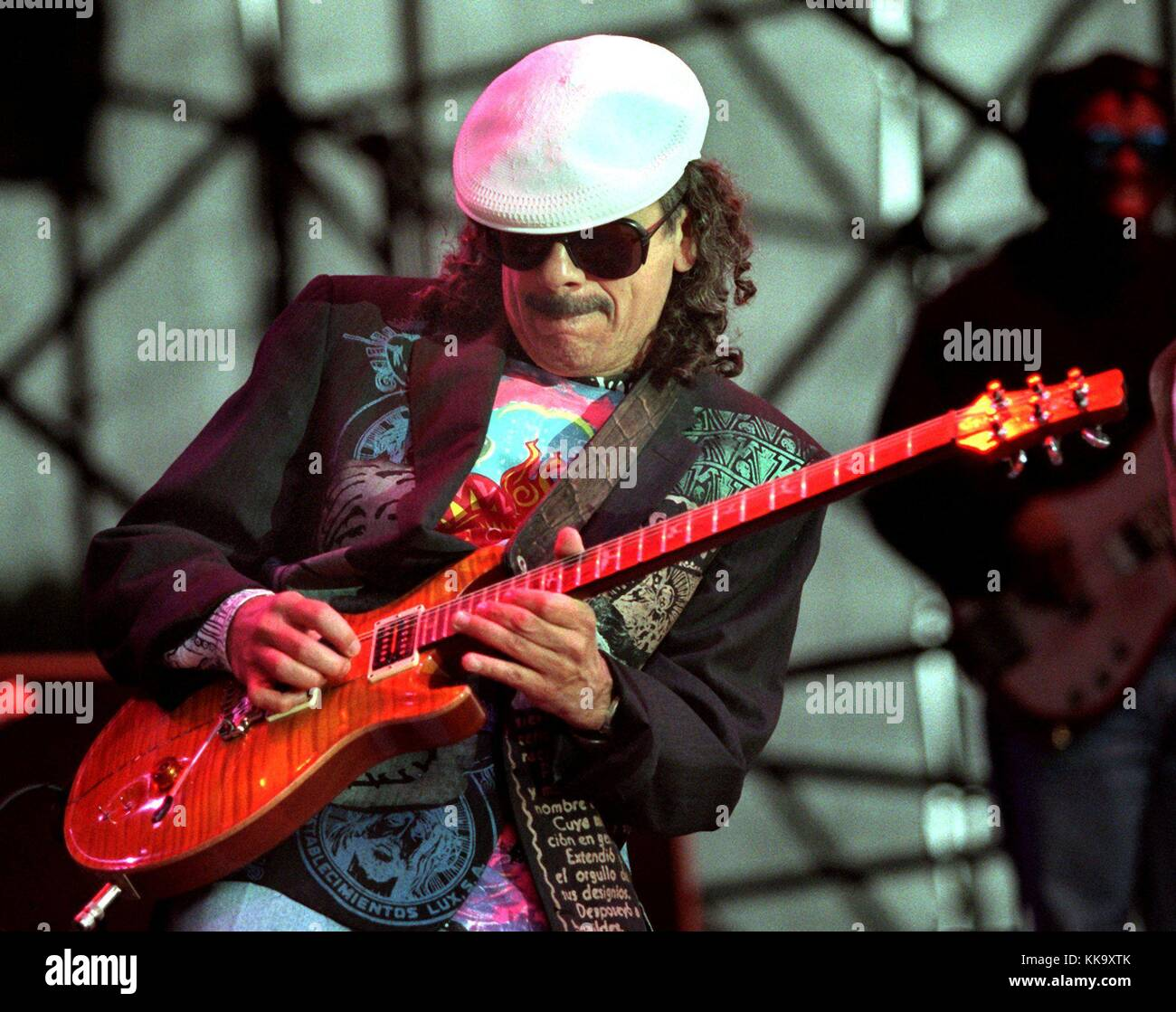 carlos santana guitar stock photos carlos santana guitar stock images alamy. Black Bedroom Furniture Sets. Home Design Ideas