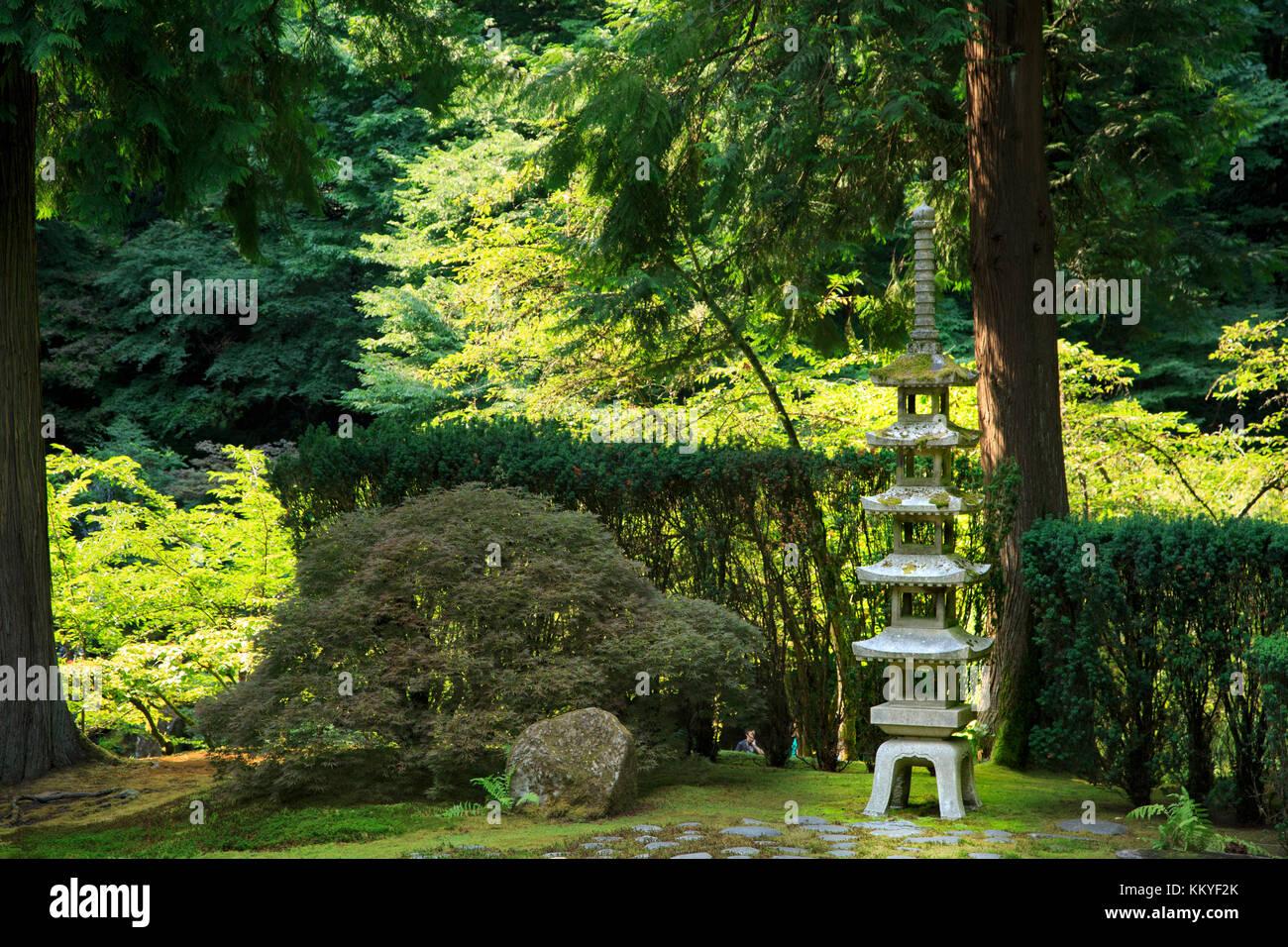 Portland Japanese Garden Pagoda Stock Photos Portland Japanese Garden Pagoda Stock Images Alamy