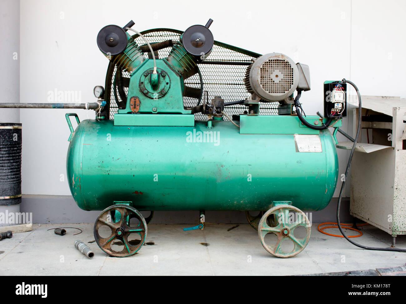 Air Compressor Tank Stock Photos Amp Air Compressor Tank
