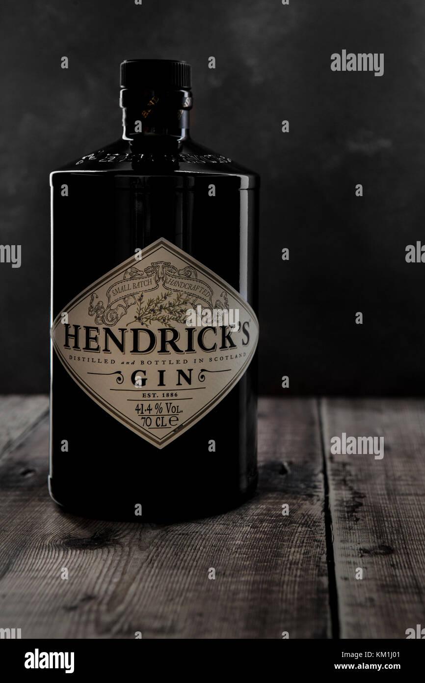 SWINDON, UK - DECEMBER 3, 2017: 70 cl bottle of Hendricks distilled gin 41.4% alcohol on a Rustic background - Stock Image