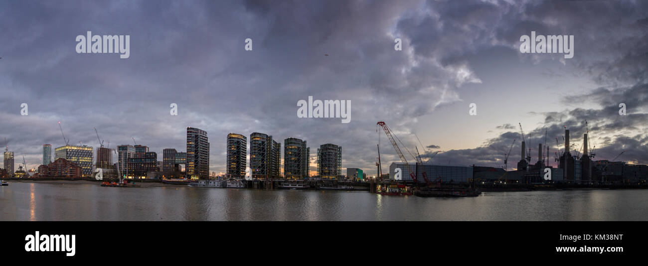 Vauxhall Cross, St George's Wharf and new apartment blocks on the south bank of the River Thames - Stock Image