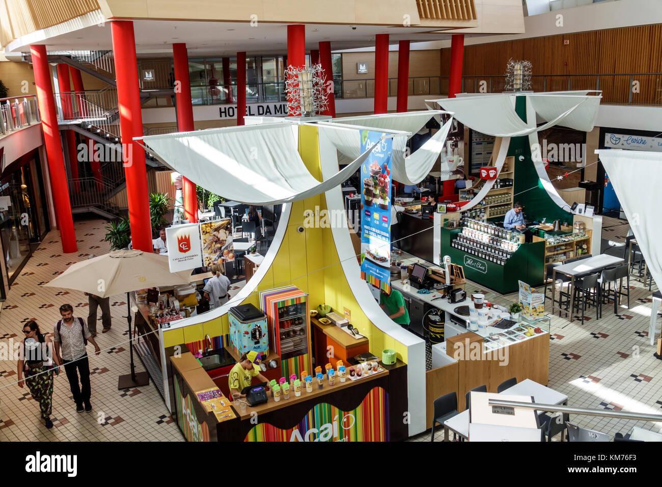 Porto Portugal Mercado do Bom Sucesso urban market food court dining vendor stand kiosk overhead view restaurant - Stock Image