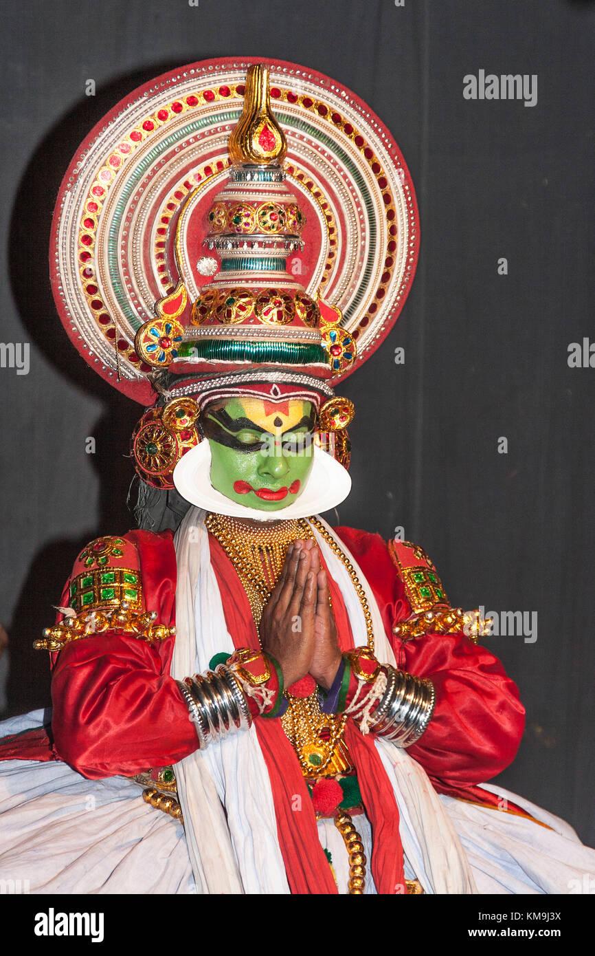 India Kerala Cochin Kathakali dance performance - Stock Image