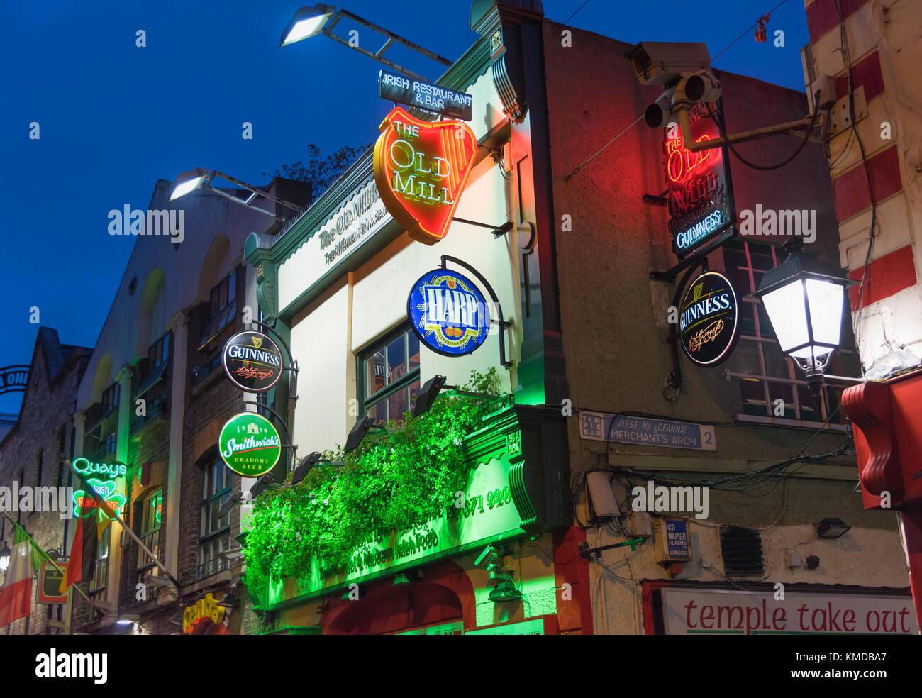 Temple Bar area Pub signs Dublin Ireland - Stock Image