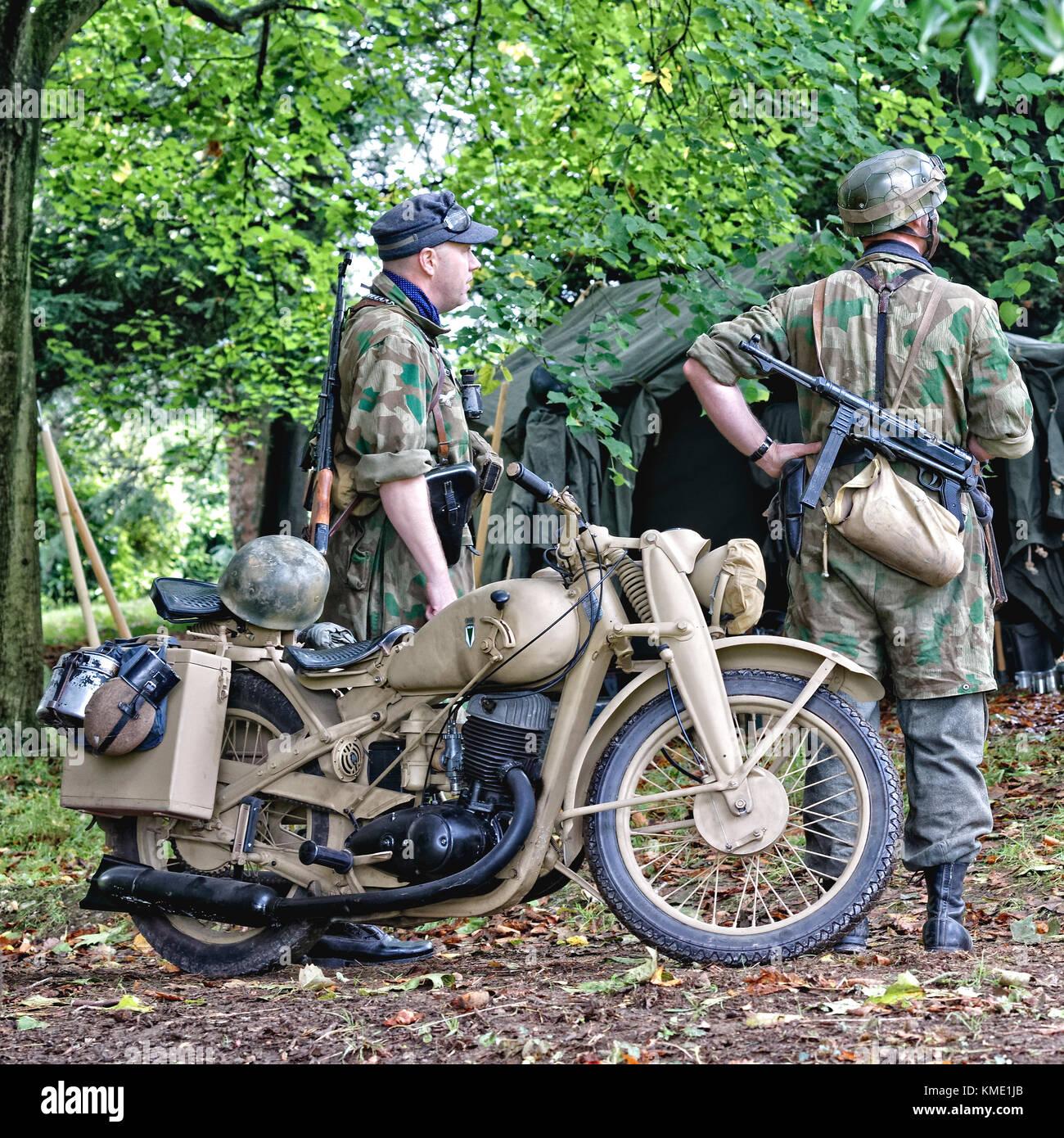 DKW NZ 350-1 German Army WW2 motorcycles & Wehrmacht soldiers with Sturmgewehr 44 & Machinepistole 38/40 - Stock Image