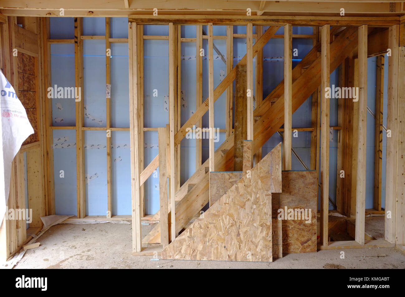 Stud walls stock photos stud walls stock images alamy for Building a house in ontario