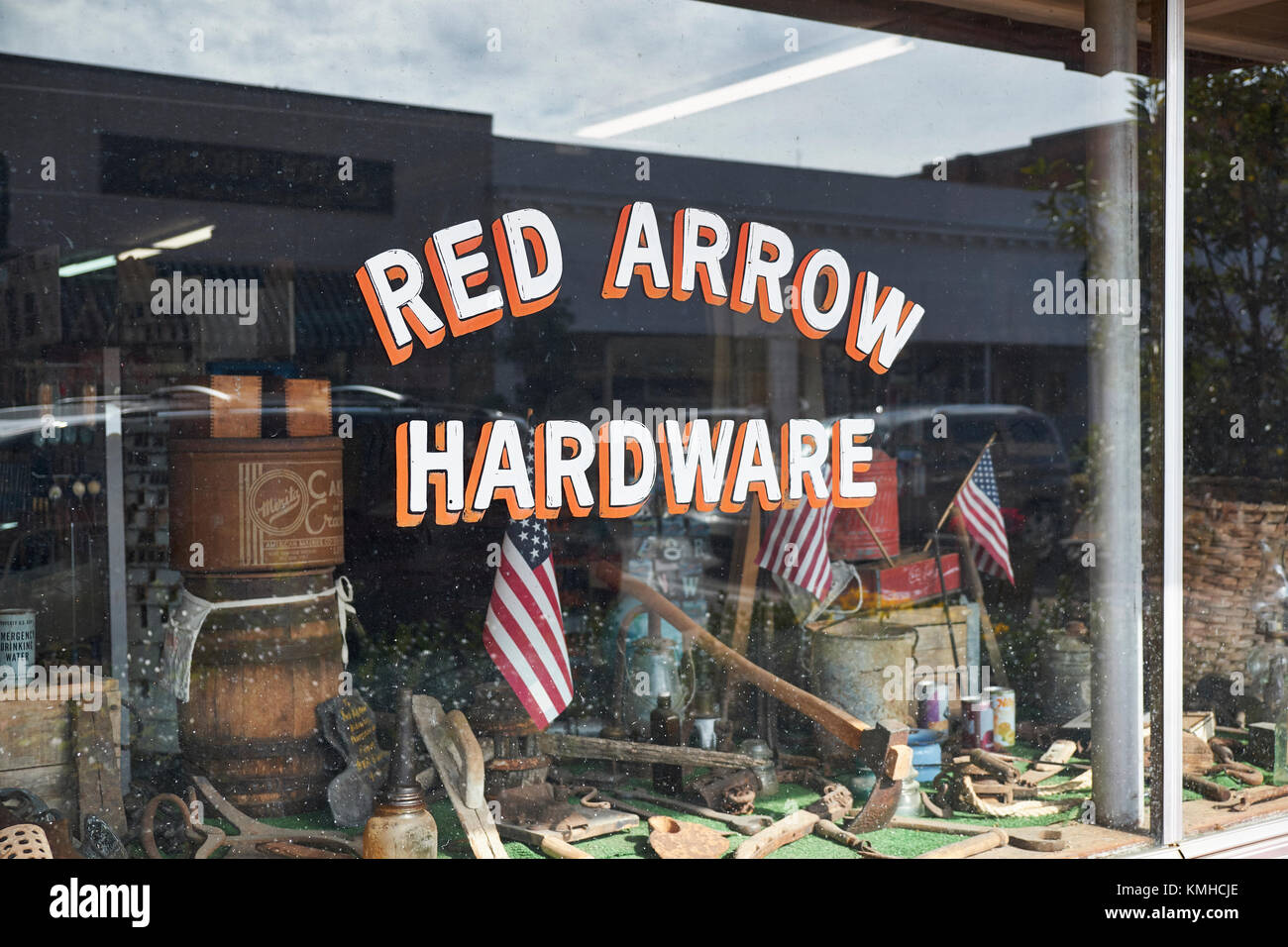Vintage style hardware store window in small rural town in the southern USA, Prattville Alabama USA. - Stock Image