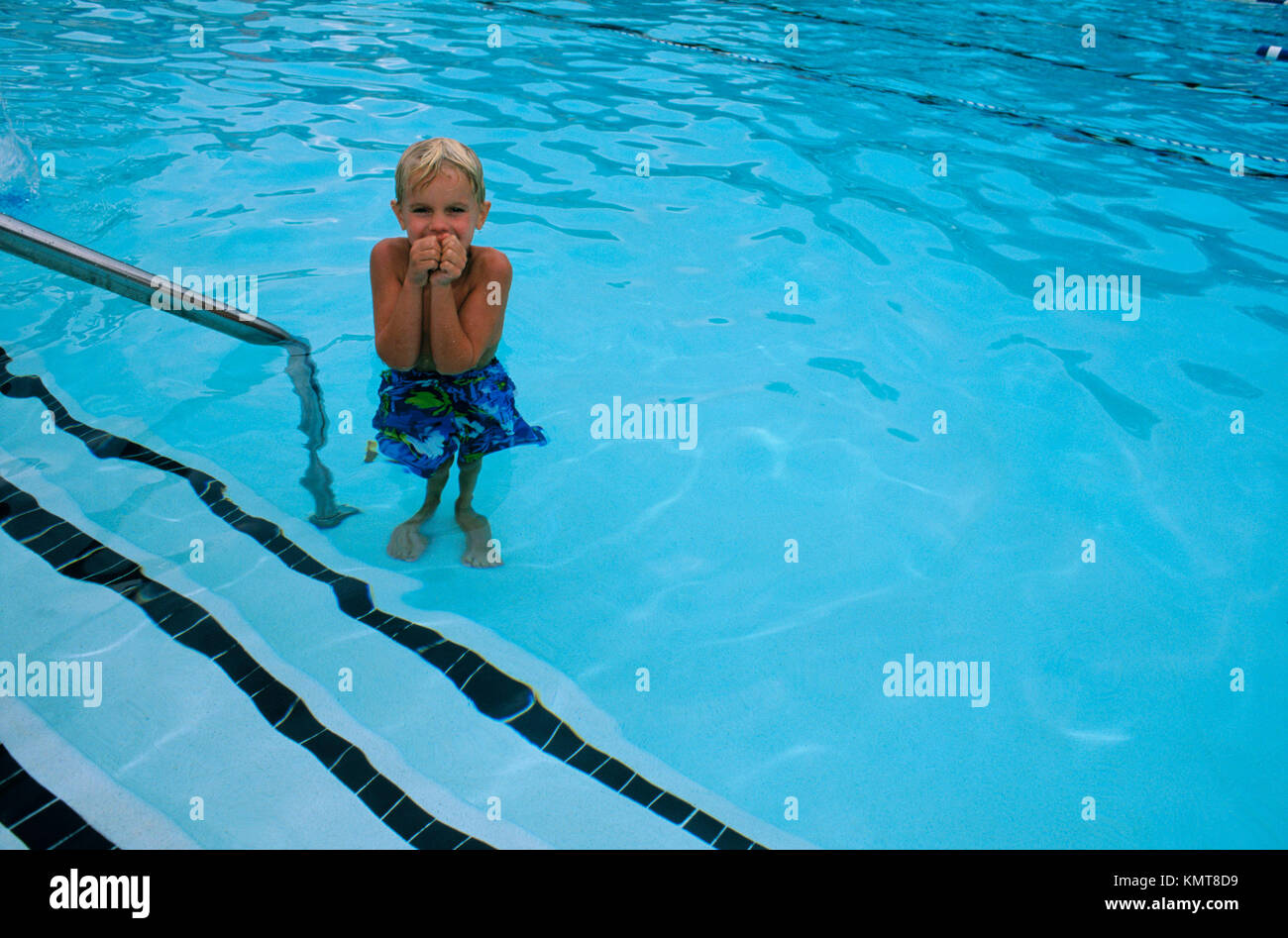 Shivering Boy Stock Photos Shivering Boy Stock Images Alamy
