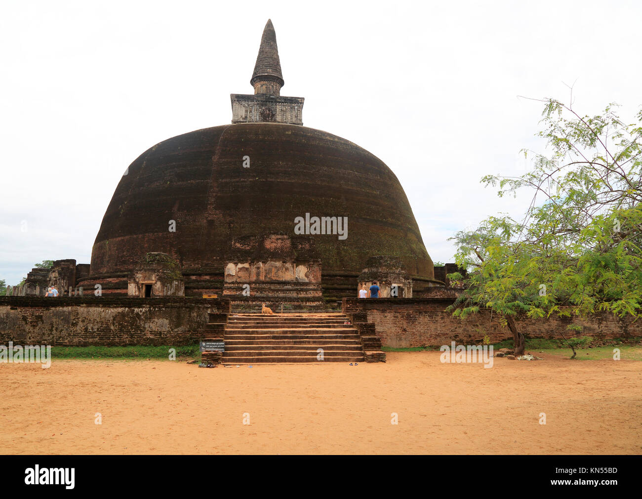 Rankot Vihara stupa UNESCO World Heritage Site, the ancient city of Polonnaruwa, Sri Lanka, Asia - Stock Image
