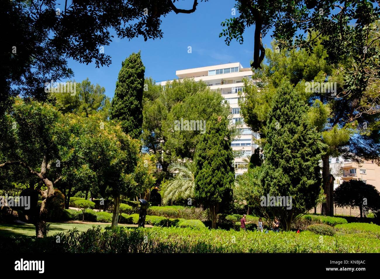 Residencia mallorca stock photos residencia mallorca for Jardines de marivent