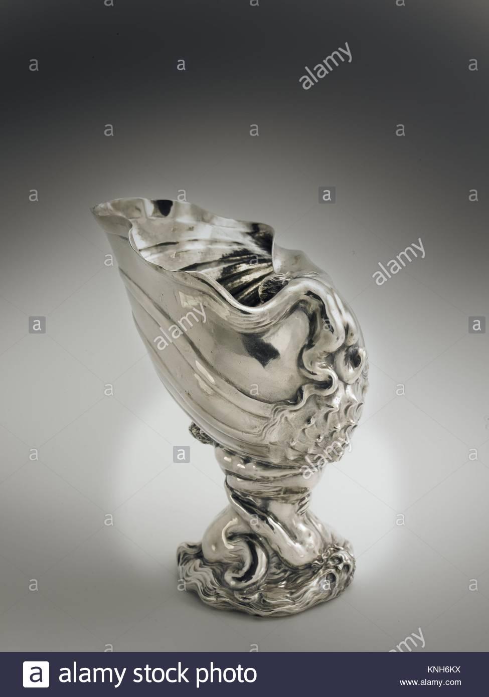 Footed cup  Adam van Vianen (I), 1625 Rijksmuseum, Netherlands. - Stock Image