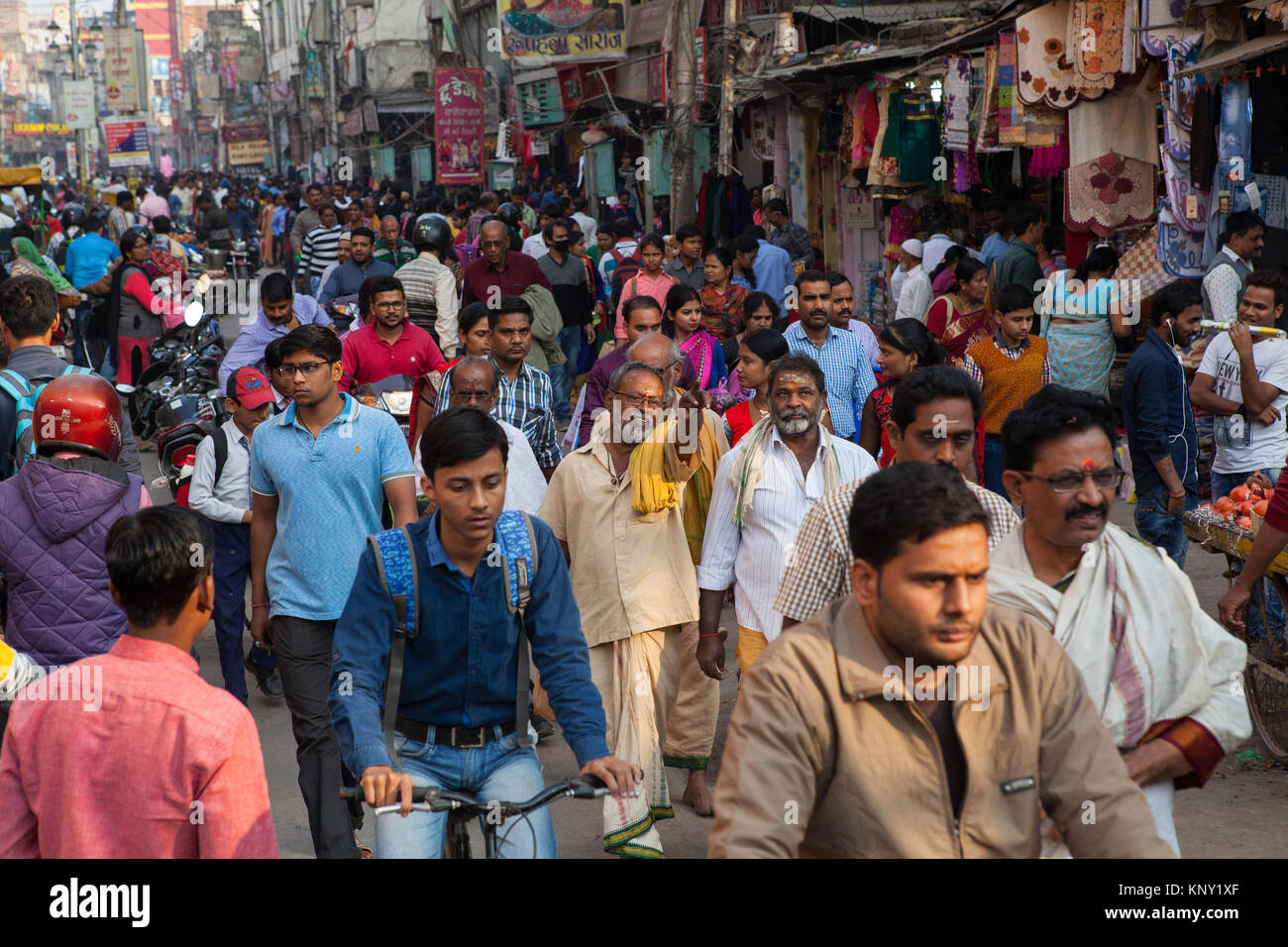 A busy and congested Dasashwamedh Ghat Road  in Varanasi, India - Stock Image