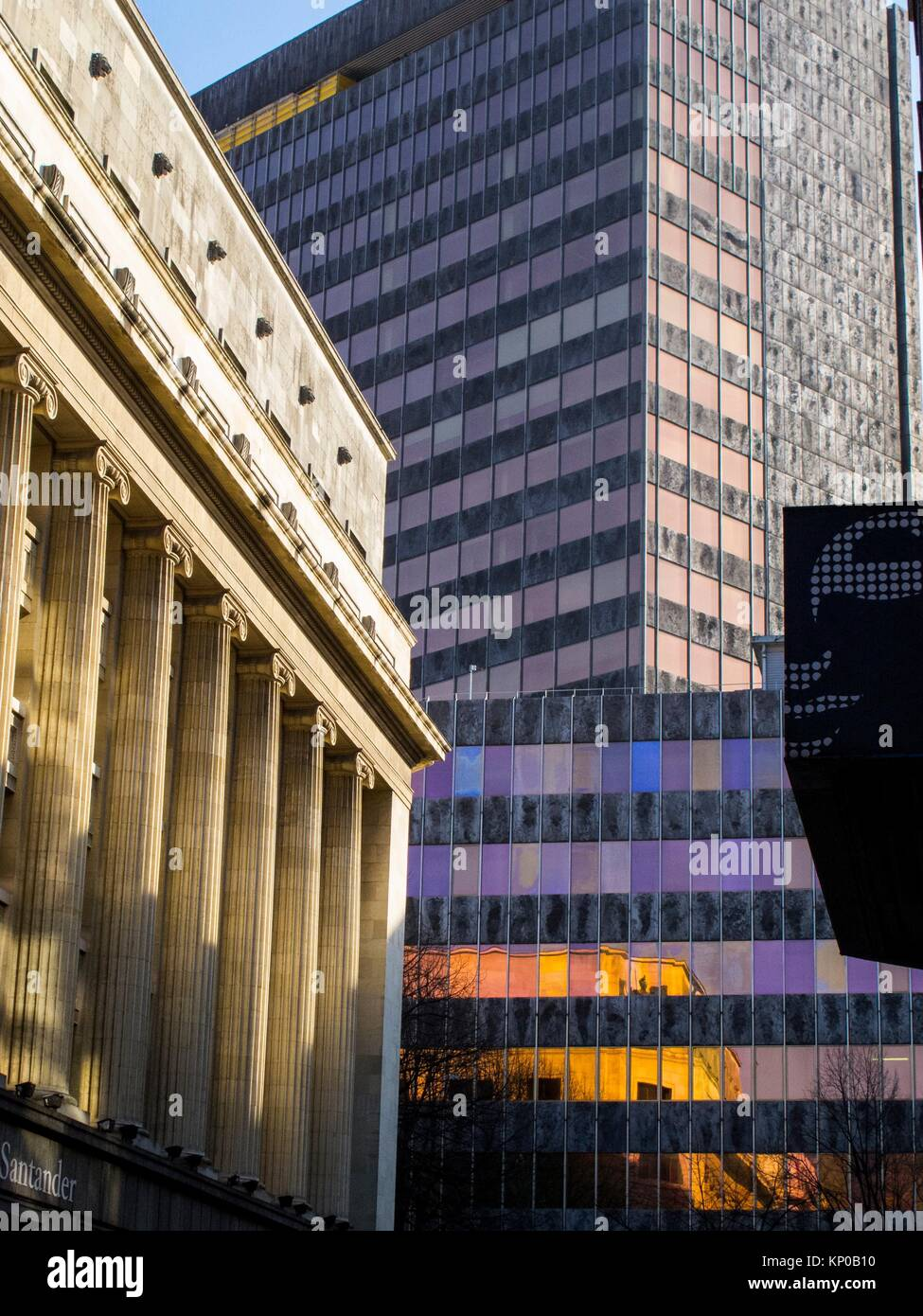 Despachos stock photos despachos stock images alamy for Oficina de correos bilbao
