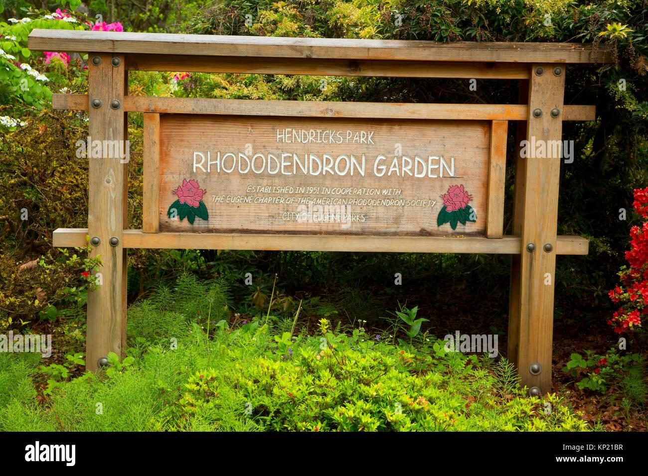 Park sign, Rhododendron Garden, Hendricks Park, Eugene, Oregon. - Stock Image