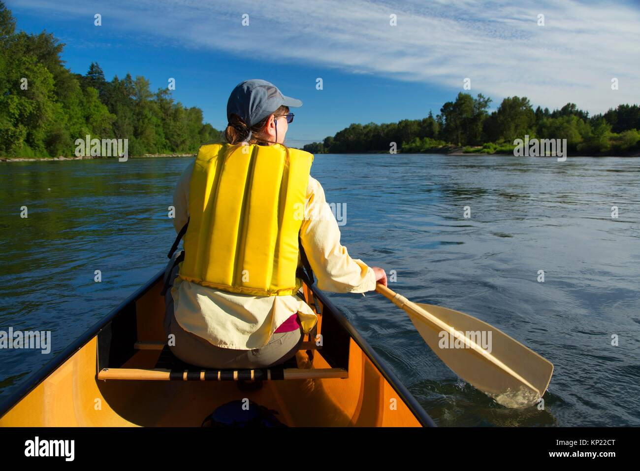 Canoeing the Willamette River, Willamette River Greenway, Polk County, Oregon. - Stock Image