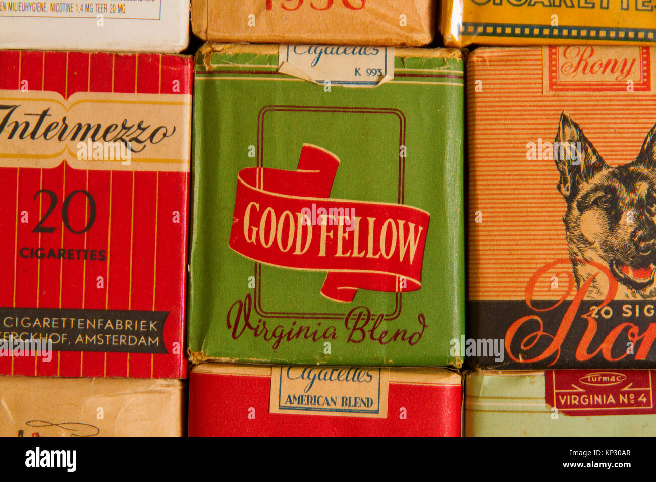 Old 'romantic' Cigarettes packages of the last century - Stock Image