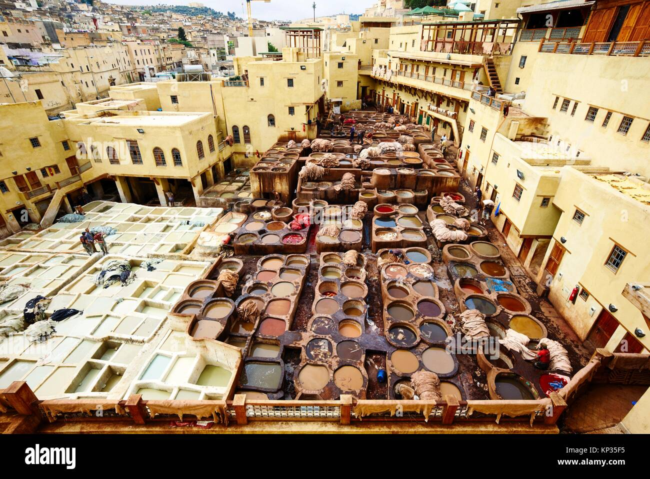 Chaouwara Tanneries in the medina of Fez, Morocco - Stock Image