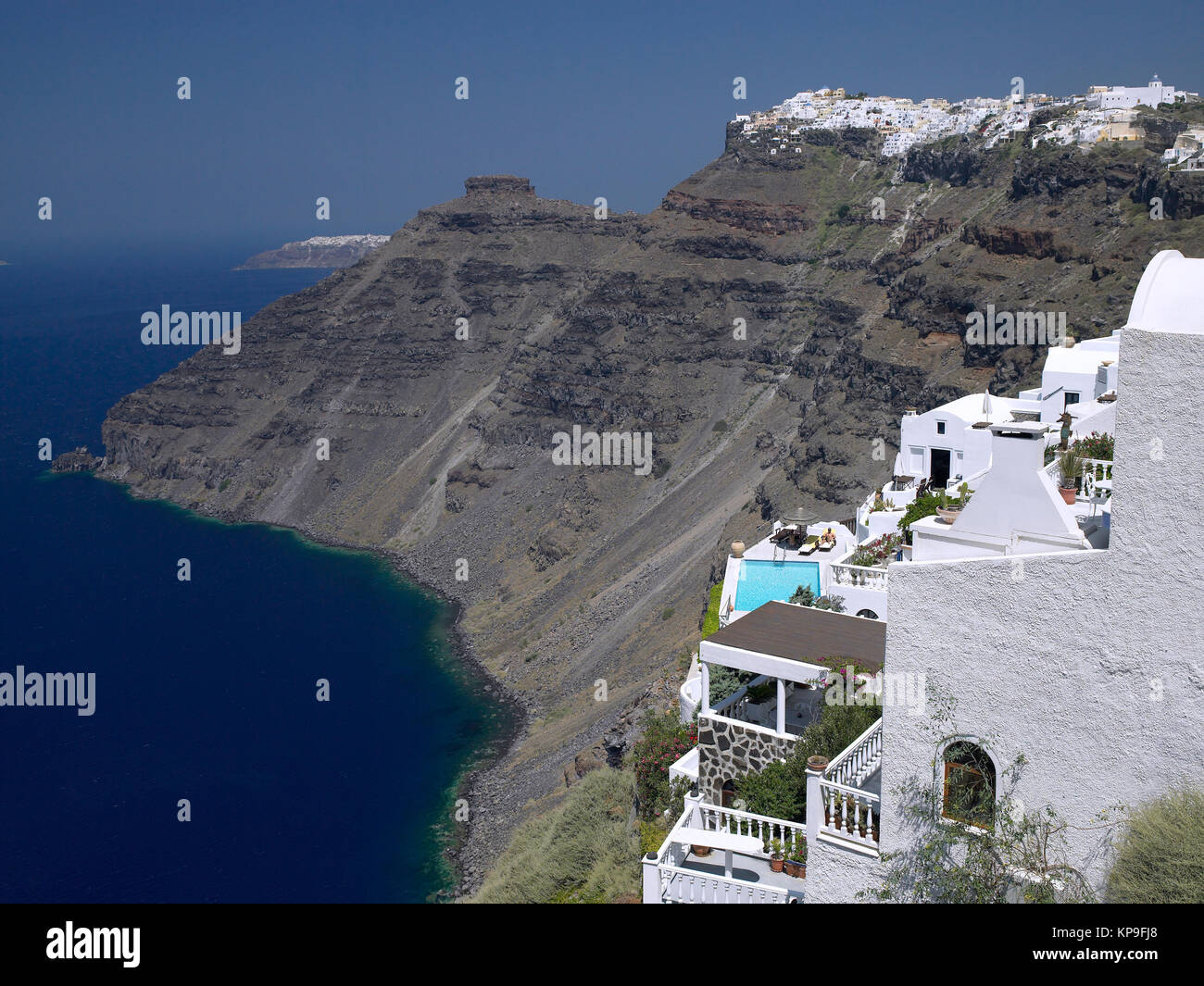 Cliffs on the volcanic island of Santorini in the Aegean Sea, about 200km southeast of mainland Greece. - Stock Image