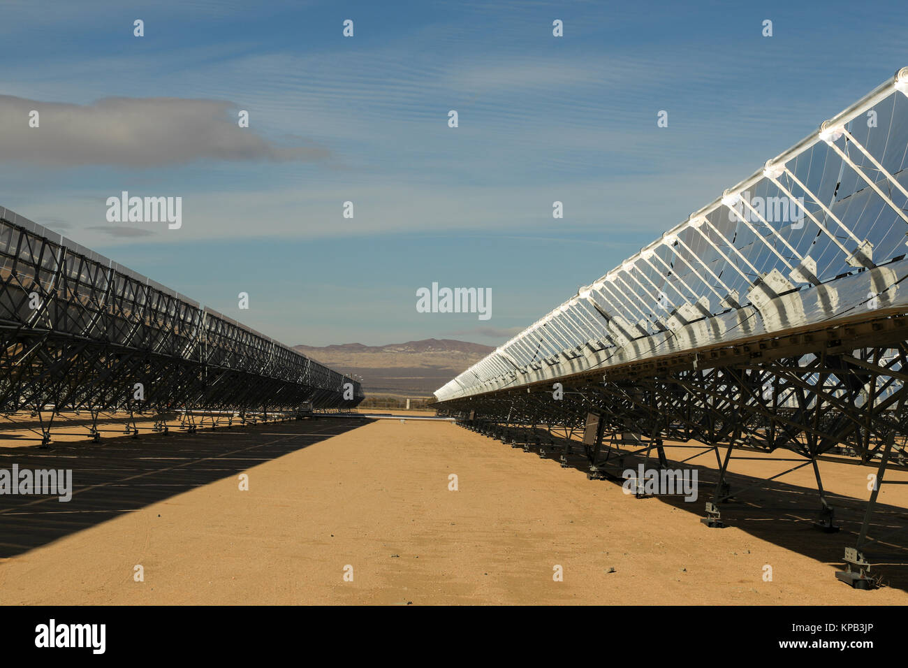 mojave solar project Since then, under pressure from environmental and tribal groups, bechtel has agreed to downsize the project from its original 2,500 acres in particular, the company agreed to remove a solar array.