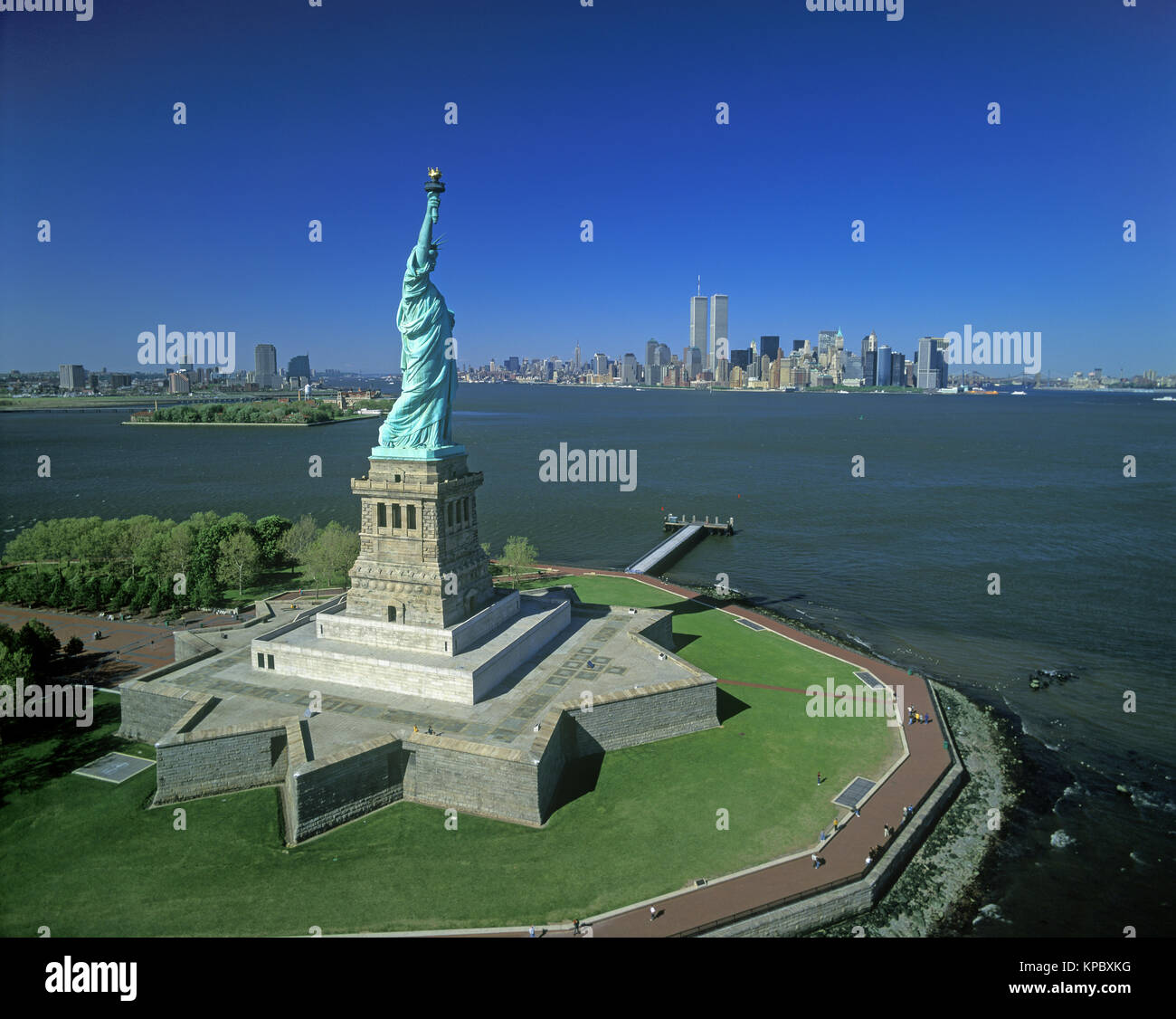 an analysis of liberty enlightening the world in 1886 Title inauguration of the statue of liberty enlightening the world : by the president of the united states, on bedlow's island, new york, thursday, october 28, 1886.