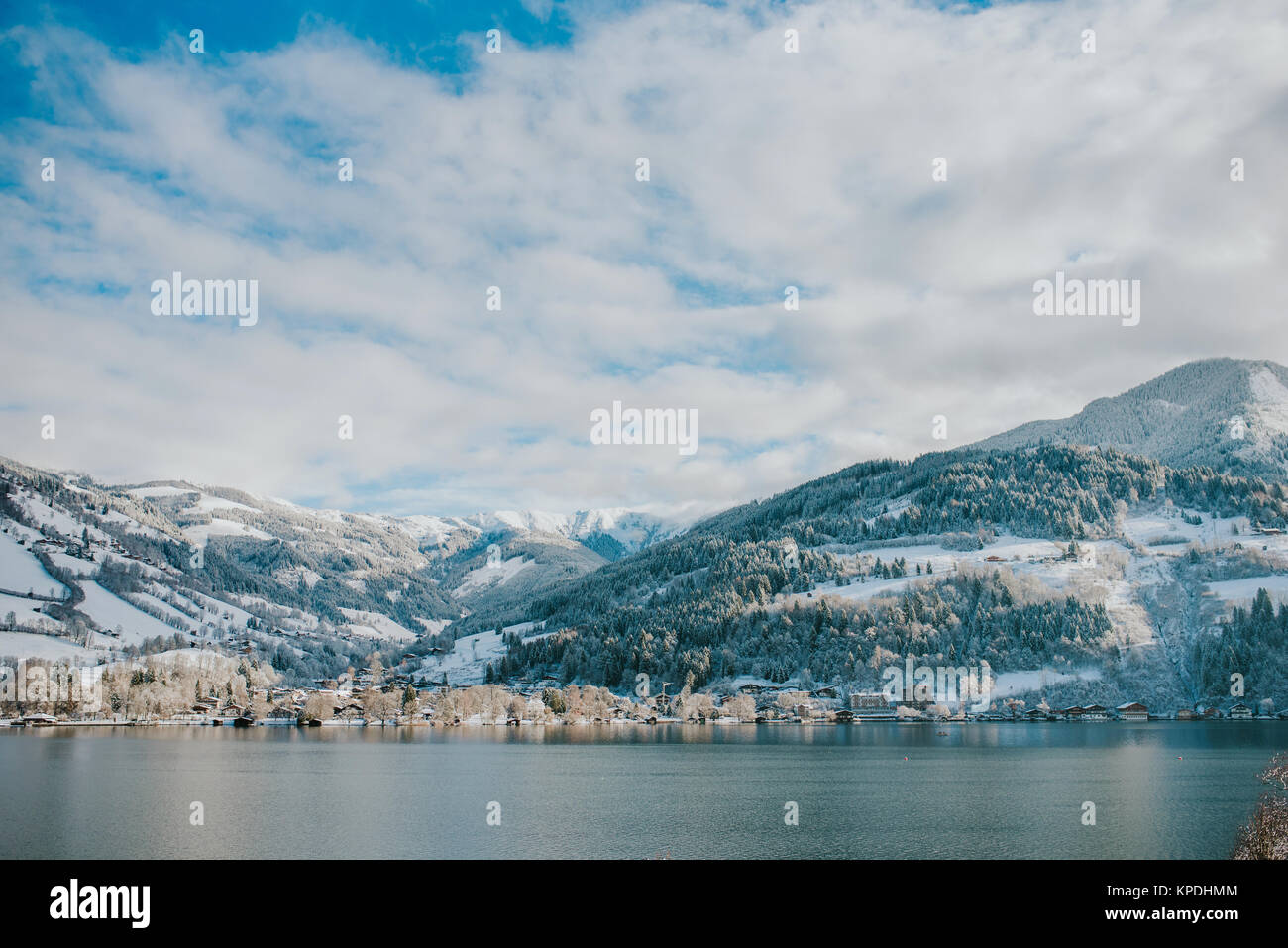 Winter lake in Zell am See, Austria - Stock Image