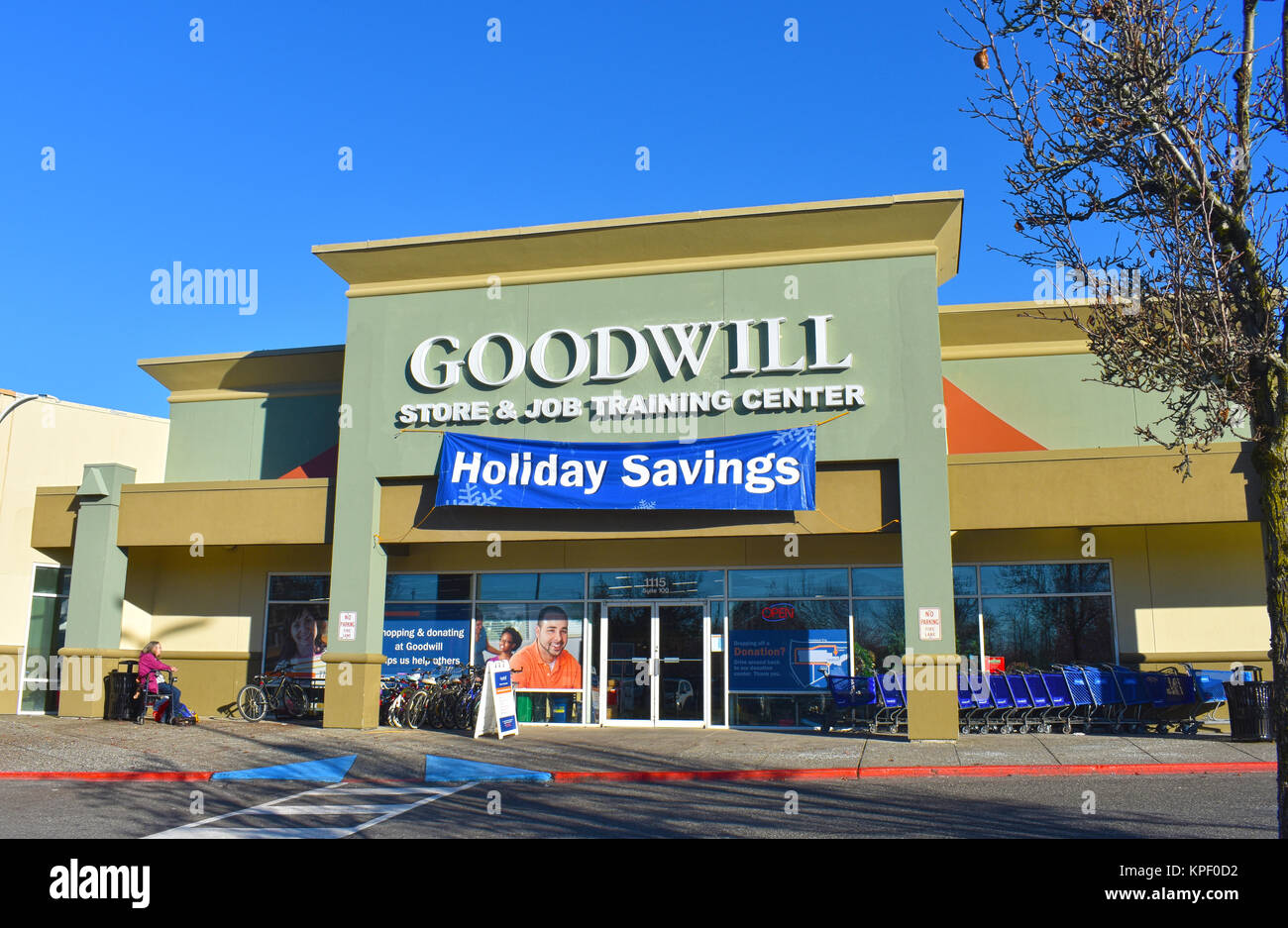Used Goods Outside Hand Shop Stock Photos Used Goods Outside Hand Shop Stock Images Alamy