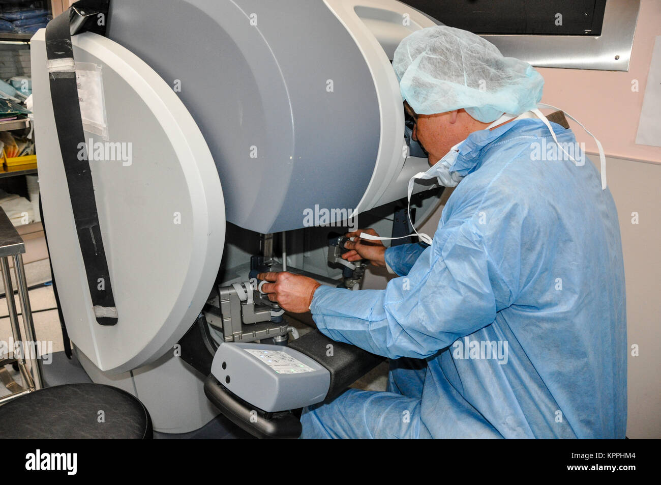 Robotics and Minimally Invasive Surgery