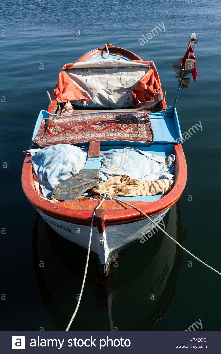 domestic-fisherman-boat-KR42GG.jpg